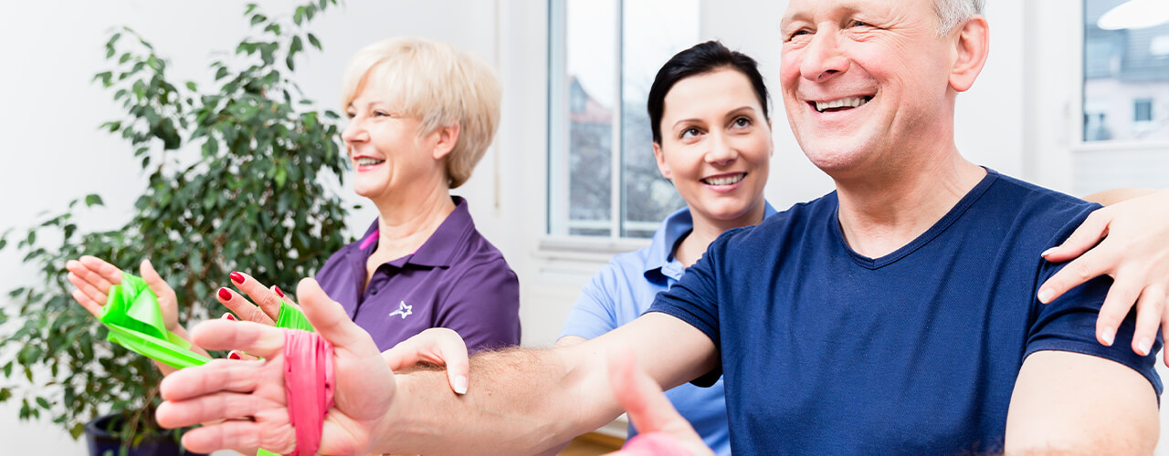 Wondering How You Can Reduce Your Joint Pain and Improve Your Mobility? Try Physiotherapy
